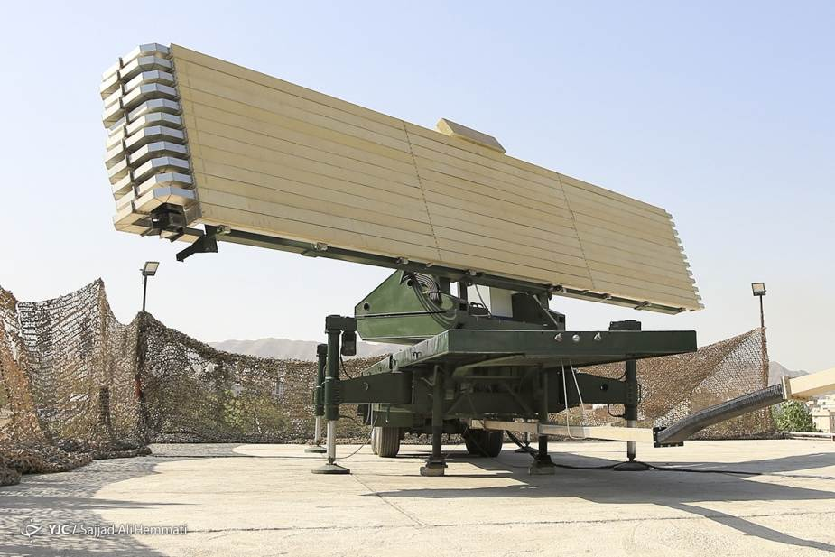 Iran_unveils_new_Alborz_3D_phased-array_radar_able_to_track_300_targets_simultaneously_925_001.jpg