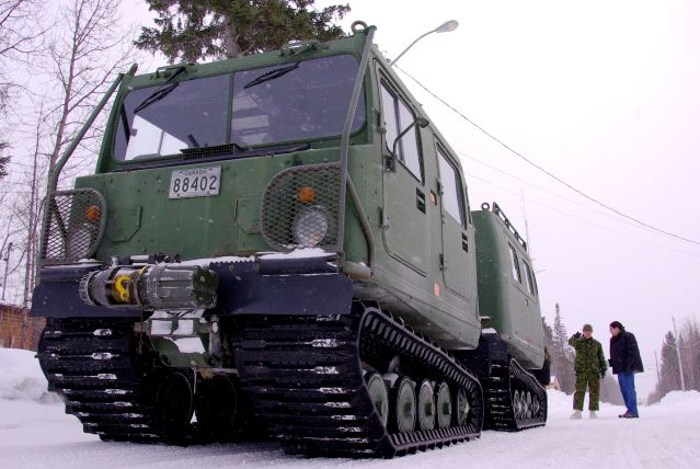 Canada's special forces will get a new fleet of armoured vehicles for use in the Arctic and in the desert. The government will buy 17 all-terrain armoured vehicles for the Canadian Special Operations Forces Command (CANSOFCOM), as well as examine an option to purchase five more later, according to the Canadian Department of National Defence.