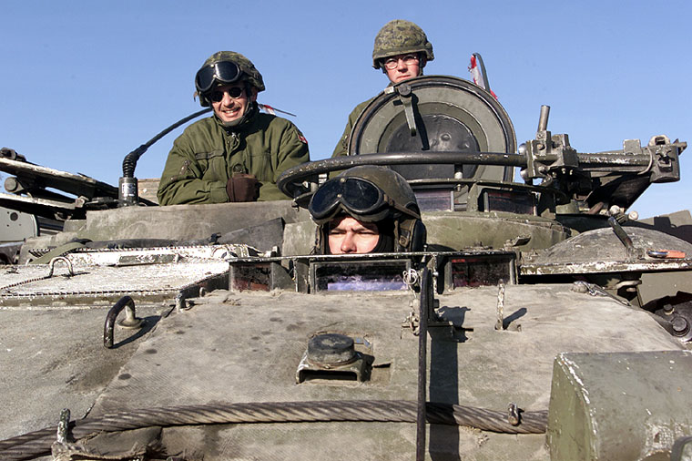 Lav I Bison Piranha Wheeled Armoured Vehicle Personnel