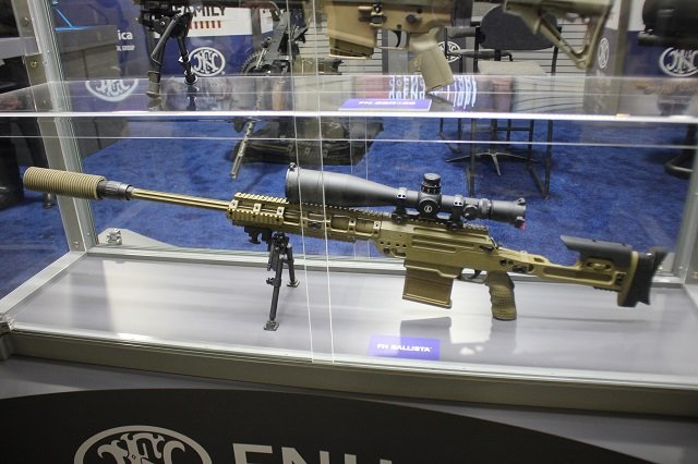 AUSA 2015 FNH USA unveils a brand new set of advanced firearms 640 001