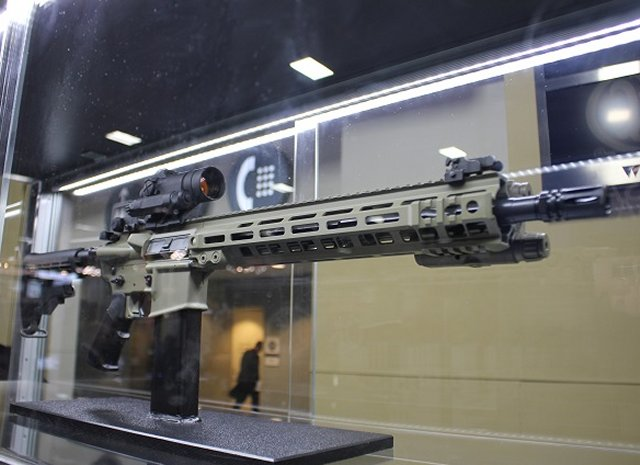 AUSA 2015 FNH USA unveils a brand new set of advanced firearms 640 002