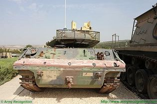 M551 Sheridan light reconnaissance tank vehicle technical data sheet specifications information description intelligence identification pictures photos images video information U.S. Army United States American defence industry military technology
