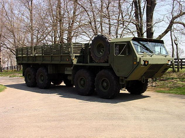 m977 a2 hemtt oshkosh heavy expanded mobility tactical cargo truck us army united states. Black Bedroom Furniture Sets. Home Design Ideas