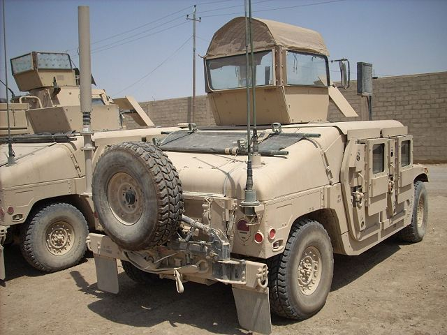 M Up Armored Humvee Hmmwv Light Wheeled Tactical Vehicle United States American Us Army on Military Humvee Batteries