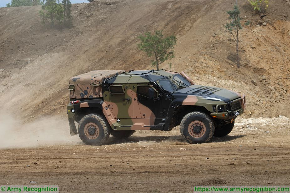 Hawkei PMV L 4x4 light wheeled high mobility protected vehicle Thales Australia Australian army 925 001