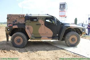 Hawkei PMV L 4x4 light wheeled high mobility protected vehicle Thales Australia Australian army right side view 004