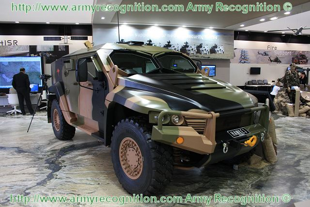 hawkei thales vehicule protege a roues haute mobilite fiche technique australie armee. Black Bedroom Furniture Sets. Home Design Ideas