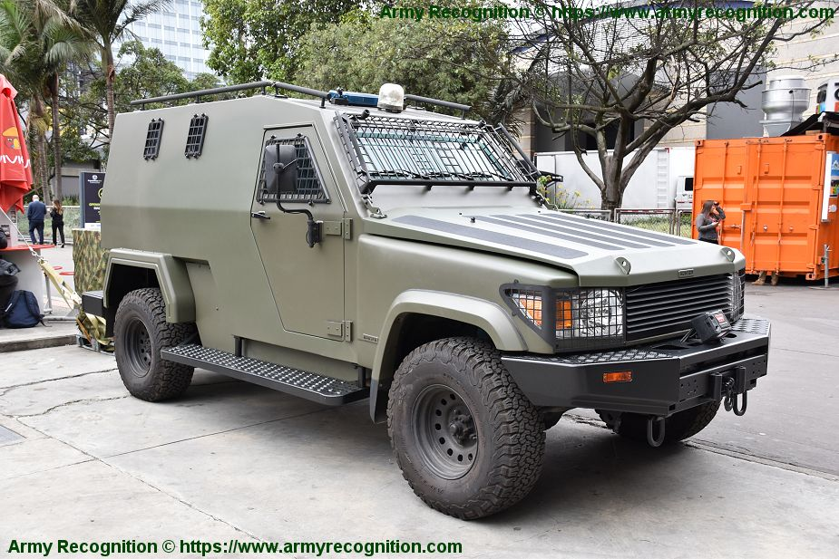 Jankel Fox and Hunter 4x4 tactical vehicles tailored for Latin America market ExpoDefensa 2019 925 001