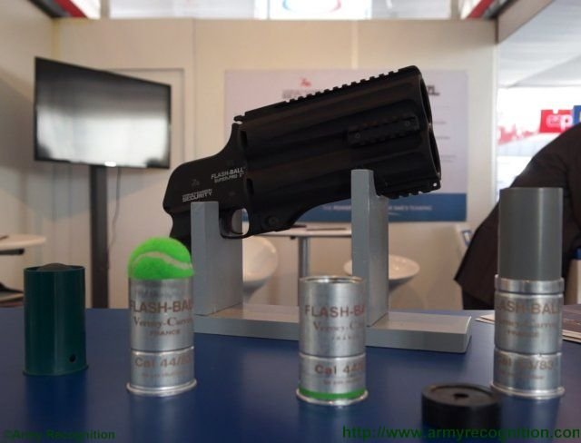 Comprehensive range of Verney Carron Flash Ball less lethal weapons at SITDEF 2015 640 001