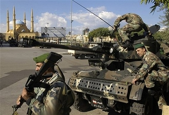 http://www.armyrecognition.com/moyen_orient/Liban/vehicules_a_roues/AML-90/aml-90_lebanese_army_23112007_news_002.jpg
